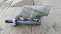 Цилиндр главный тормозной. Subaru Tribeca