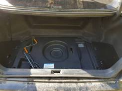 Обшивка багажника. Toyota Crown Majesta, UZS171, UZS173, UZS175
