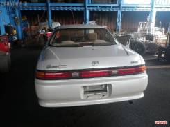 Задняя часть автомобиля. Toyota Mark II, JZX90