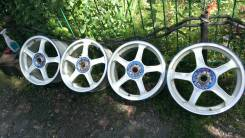 Advan Racing. 7.0x17, 5x114.30, ET51, ЦО 72,0 мм.