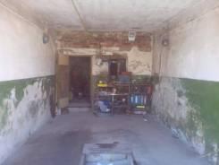 Гаражи капитальные. улица Степана Разина 11 - 13, р-н Сидоренко - Пугачева, 32 кв.м., электричество, подвал.