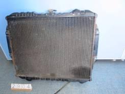 Радиатор охлаждения двигателя. Mitsubishi Pajero, V44WG, V24C, V24V, V44W, V24W, V24WG, V47WG