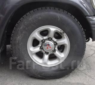 Комплект зимних колес 265/70R15. 7.0x15 6x139.70 ET10