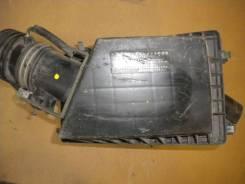 Корпус воздушного фильтра. Nissan Bluebird Двигатели: SR18DE, SR18DI