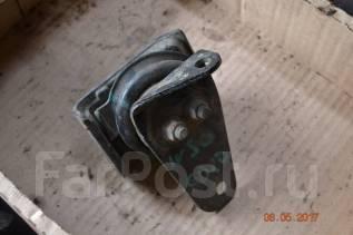 Подушка двигателя. Nissan Largo, W30 Двигатель KA24DE