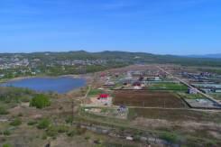 Развивающийся Коттеджный поселок. Прописка! Озеро!. 1 000 кв.м., собственность, электричество, вода, от частного лица (собственник)