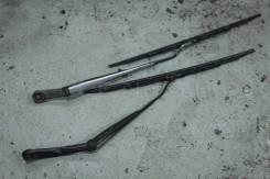 Держатель щетки стеклоочистителя. Nissan Skyline, BCNR33, ECR33, ENR33, HR33, ER33