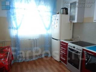 2-комнатная, улица Анны Щетининой 35. Снеговая падь, проверенное агентство, 54 кв.м.