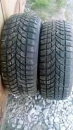 Bridgestone WT17. Зимние, шипованные, 2013 год, износ: 5%, 2 шт