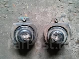 Подушка двигателя. Toyota Mark II, LX80, LX80Q Двигатель 2L