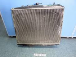 Радиатор охлаждения двигателя. Isuzu Bighorn, UBS25GW
