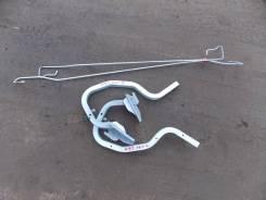 Крепление багажника. Nissan Bluebird Sylphy, KG11