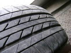 Одна штамповка с шиной Bridgestone b60, размером 205/60/R15.