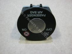 Кнопка airbag. Kia cee'd, JD Двигатели: G4FD, D4FB, G4FC, D4FC, G4LC, G3LC, G4FJ, G4FA