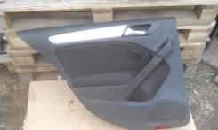 Обшивка двери. Volkswagen Golf, 5K1