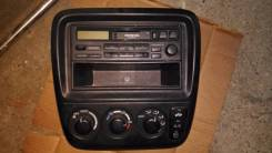 Консоль панели приборов. Honda CR-V, RD1 Двигатель B20B