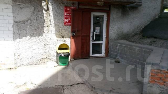 Продается продовольственный магазин. Улица Магнитогорская 20, р-н Вторая речка, 53кв.м. Дом снаружи