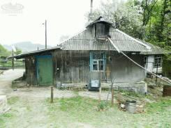 Продается дом в Екатериновке. Магистральная 8, р-н Екатериновка, площадь дома 28 кв.м., скважина, электричество 15 кВт, отопление твердотопливное, от...