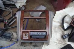 Консоль центральная. Subaru Forester, SF5, SF9