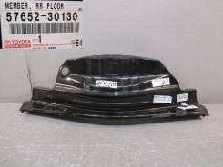 Багажный отсек. Lexus GS350, GRL15, GRL10, GRL11 Lexus GS450h, GRL15, GRL10, GRL11 Lexus GS250, GRL11, GRL15, GRL10 Двигатели: 4GRFSE, 2GRFSE. Под зак...