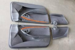 Обшивка двери. Mercedes-Benz CLK-Class