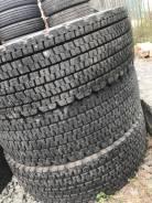 Bridgestone W900. Всесезонные, 2010 год, износ: 5%, 3 шт