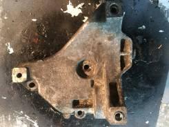 Крепление компрессора кондиционера. Volkswagen Audi
