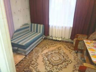 Гостинка, улица Арсеньева 21б. Сах. Поселок, агентство, 16 кв.м. Комната