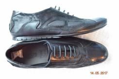 Туфли спортивные. 43, 44