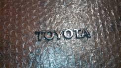 Эмблема. Toyota Corolla, 18, 10