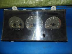 Панель приборов. Toyota Regius, RCH47 Двигатель 3RZFE