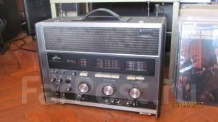Радиоприемник всеволновой Sony CRF 230 Япония 1970г. паспорт 220v