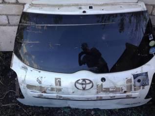 Стекло заднее. Toyota Auris, NZE154H, ZRE154H, NZE151H, ZRE152H, NZE154, NZE151, ZRE151, ZRE154, ZRE152