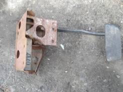 Педаль тормоза. Nissan Terrano, WBYD21