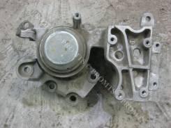 Кронштейн опоры двигателя. Nissan X-Trail, T31 Двигатель QR25DE