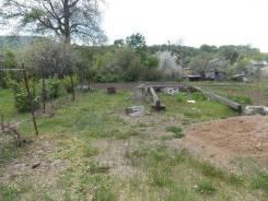 Продам участок р-он горнолыжки. 830 кв.м., собственность, электричество, от агентства недвижимости (посредник). Фото участка