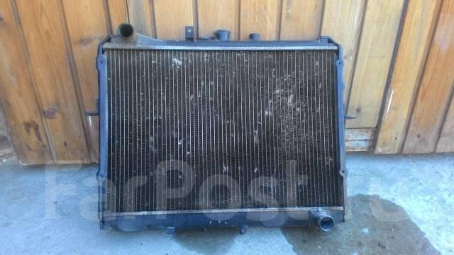 радиатор охлаждения двигателя nissan vanette