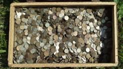 Монеты СССР, России, разных стран.