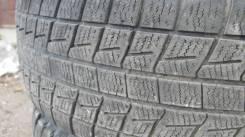 Bridgestone Blizzak Revo1. Зимние, без шипов, износ: 50%, 2 шт