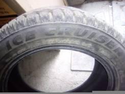 Bridgestone Ice Cruiser 7000. Зимние, шипованные, 2015 год, износ: 20%, 4 шт