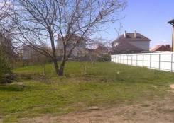 Продаю земельный участок р-н ул. Средней, ул. Семеновская 8 соток. 800 кв.м., от агентства недвижимости (посредник)