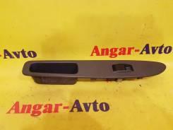 Кнопка стеклоподъемника. Toyota Sprinter, AE100