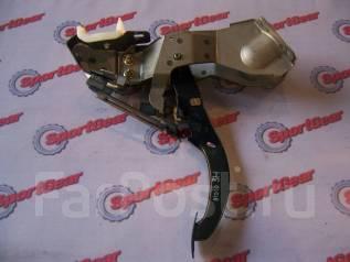 Педаль тормоза. Subaru Forester, SG5 Двигатели: EJ203, EJ202, EJ205