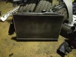 Радиатор охлаждения двигателя. Honda Legend, KB1 Двигатели: J35A, J35A8