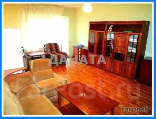 3-комнатная, улица Адмирала Кузнецова 54. 64, 71 микрорайоны, агентство, 50 кв.м. Комната