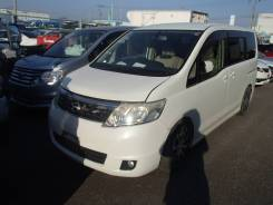 Nissan Serena. C25, MR20DE