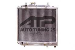 Радиатор охлаждения двигателя. Daihatsu YRV