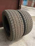 Bridgestone Blizzak Revo1. Зимние, без шипов, 2012 год, износ: 20%, 2 шт