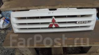 Решетка радиатора. Mitsubishi Pajero iO, H76W, H66W, H61W, H71W Mitsubishi Pajero Pinin Двигатель 4G93