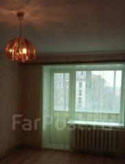 1-комнатная, улица 5-я Линия 3. Центр, частное лицо, 29 кв.м. Вид из окна днём